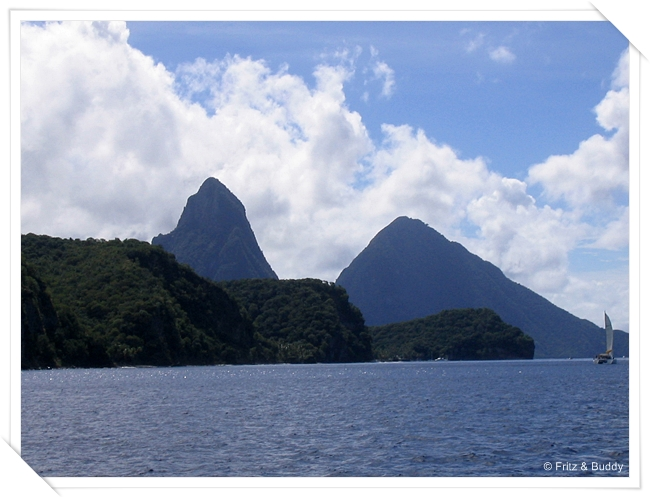 100 0064 Les Pitons, St Lucia